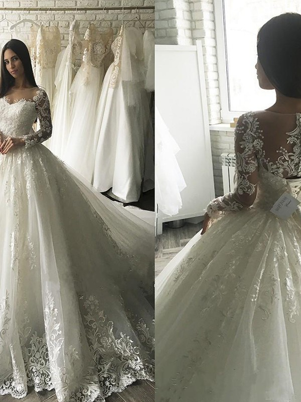 Ball Gown Tulle Long Sleeves Scoop Wedding Dresses with Applique