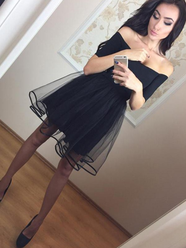 Short Off-the-Shoulder A-Line 1/2 Sleeves Tulle Black Homecoming Dresses