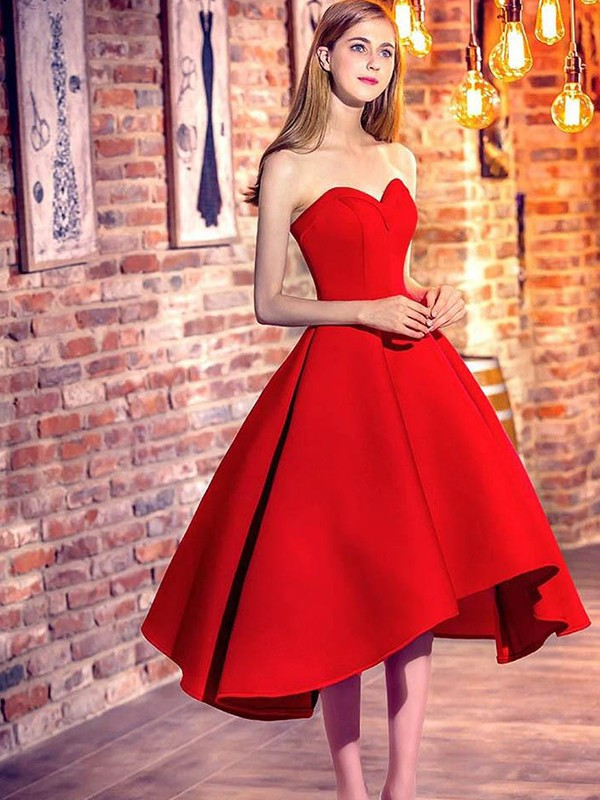 Short Sweetheart A-Line Satin Red Homecoming Dresses