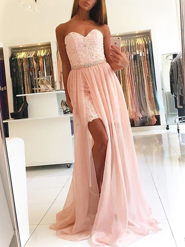 A-Line Sweetheart Brush Train Pink Lace Tulle Prom Dresses