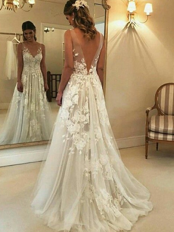 A-Line V-neck Brush Train Applique Tulle Wedding Dresses
