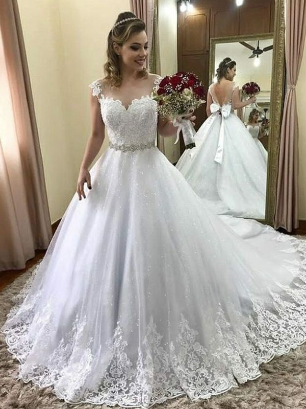 Ball Gown Sweetheart Court Train Beading Tulle Wedding Dresses