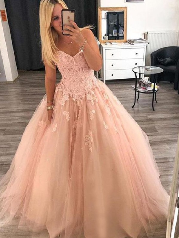 Ball Gown Pearl Pink Sweetheart Floor-Length Applique Tulle Evening Dresses