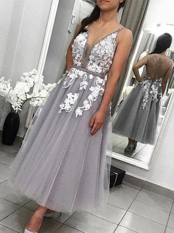A-Line Tulle Spaghetti Straps Sleeveless Grey Applique Ankle-Length Homecoming Dresses