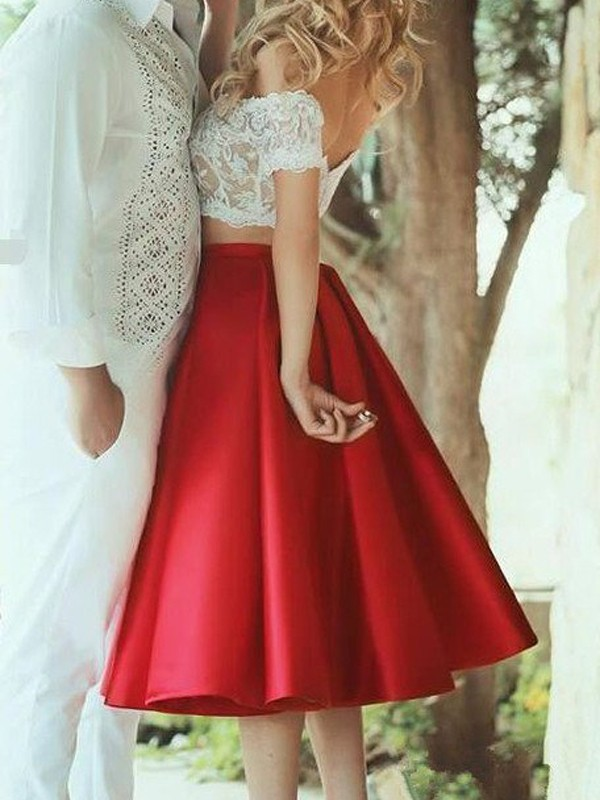 A-Line Off-the-Shoulder Knee-Length Red Homecoming Dresses with Lace