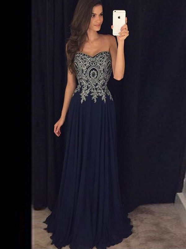 Floor-Length Dark Navy Sweetheart Prom Dresses with Applique
