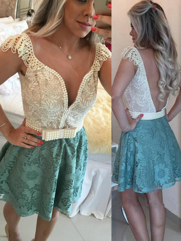 A-Line V-neck Short/Mini Green Homecoming Dresses