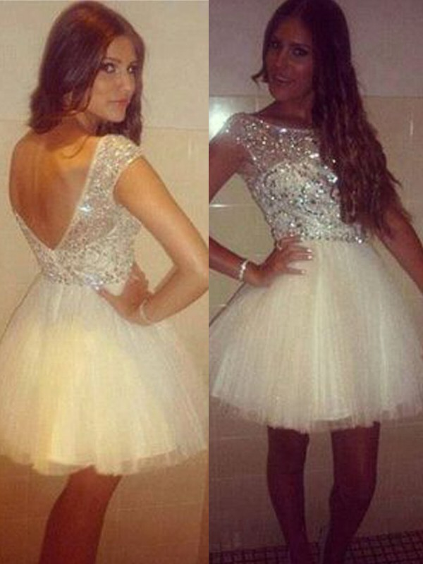 A-Line Scoop Short/Mini White Homecoming Dresses with Beading