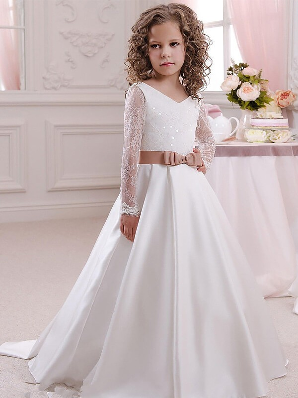 Ball Gown V-neck Floor-Length White Flower Girl Dresses with Lace