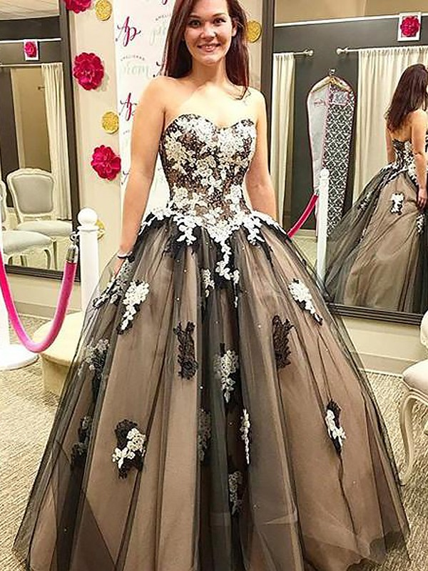 Tulle Sweetheart Floor-Length Black Prom Dresses