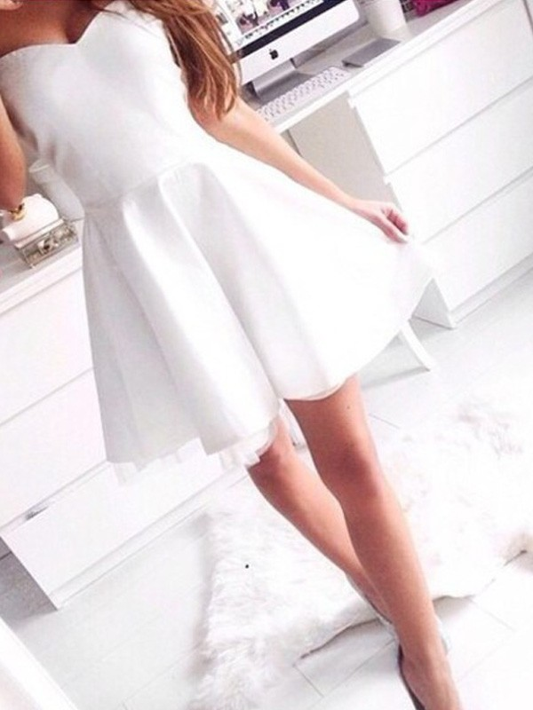 A-Line Sweetheart Short/Mini White Homecoming Dresses