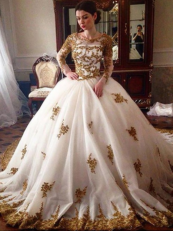 Tulle Ball Gown Court Train Long Sleeves Scoop Ivory Wedding Dresses