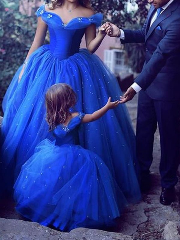 Ball Gown Off-the-Shoulder Royal Blue Floor-Length Beading Tulle Prom Dresses