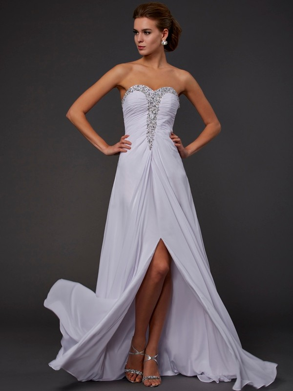 White Strapless Chiffon Floor-Length Prom Dresses