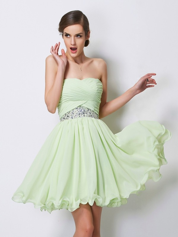 Short/Mini Sage Sweetheart Homecoming Dresses with Beading