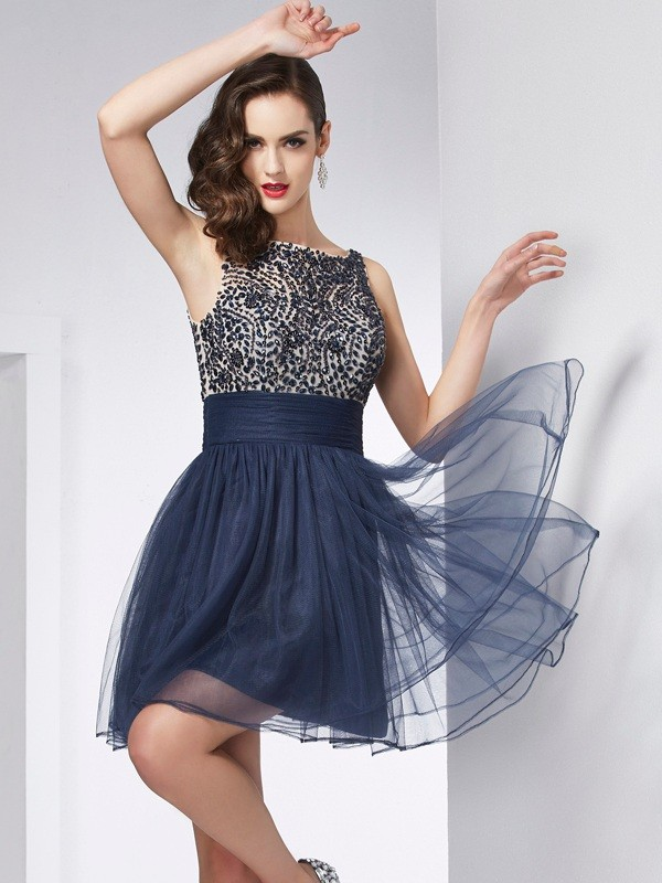 Bateau Short/Mini Dark Navy Homecoming Dresses with Beading