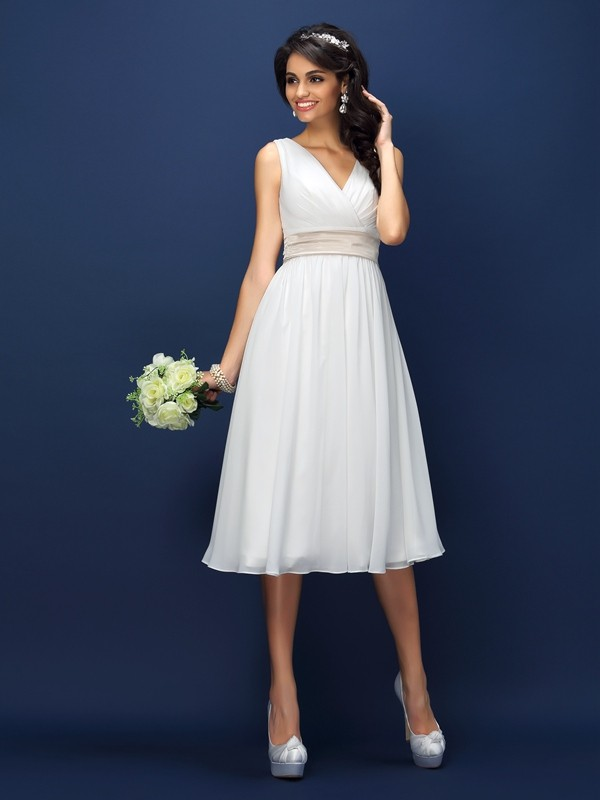 A-Line Chiffon V-neck Knee-Length White Bridesmaid Dresses