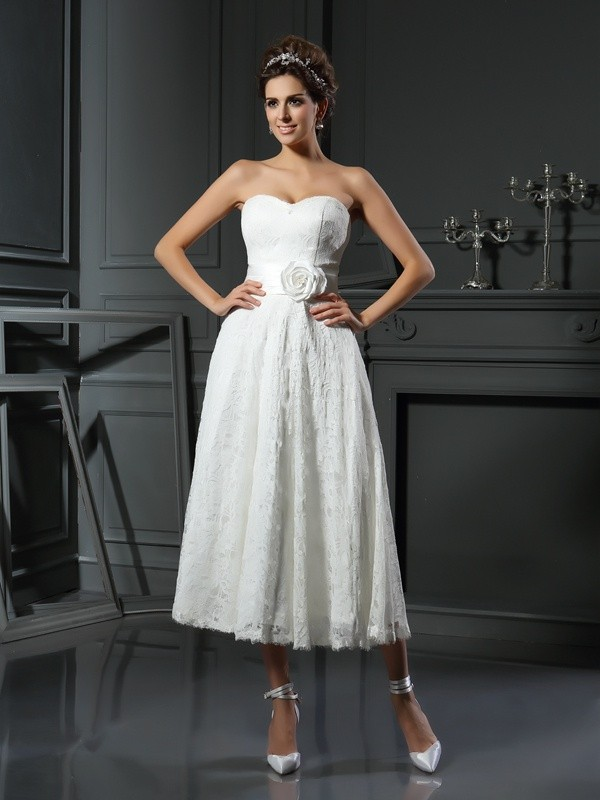 A-Line Sweetheart Tea-Length Ivory Wedding Dresses