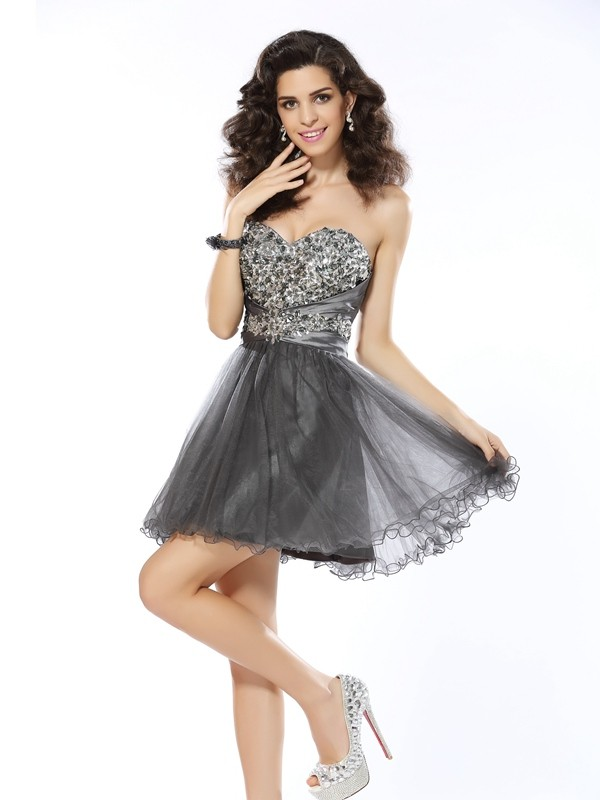 A-Line Sweetheart Short/Mini Silver Homecoming Dresses