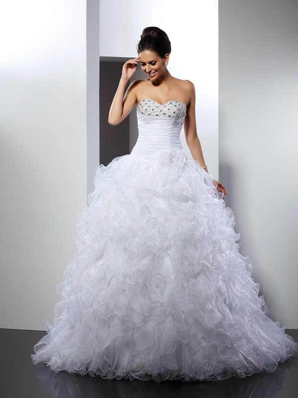 White Ball Gown Sweetheart Cathedral Train Wedding Dresses with Beading