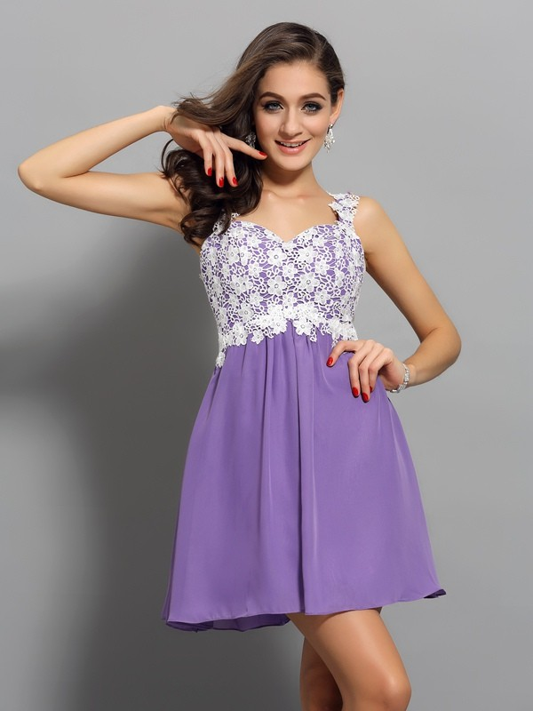 Chiffon Straps Short/Mini Homecoming Dresses with Applique