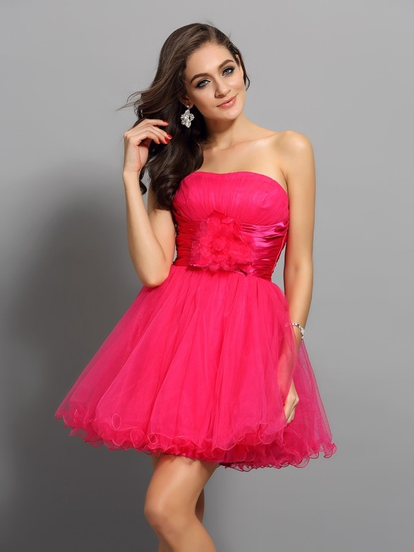 Elastic Woven Satin Sweetheart Short/Mini Red Homecoming Dresses