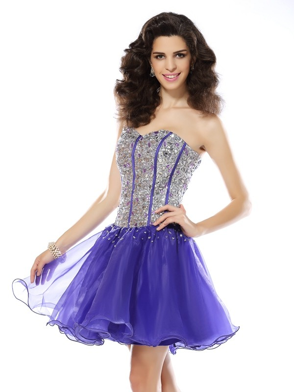 Sweetheart Short/Mini Lavender Homecoming Dresses with Beading