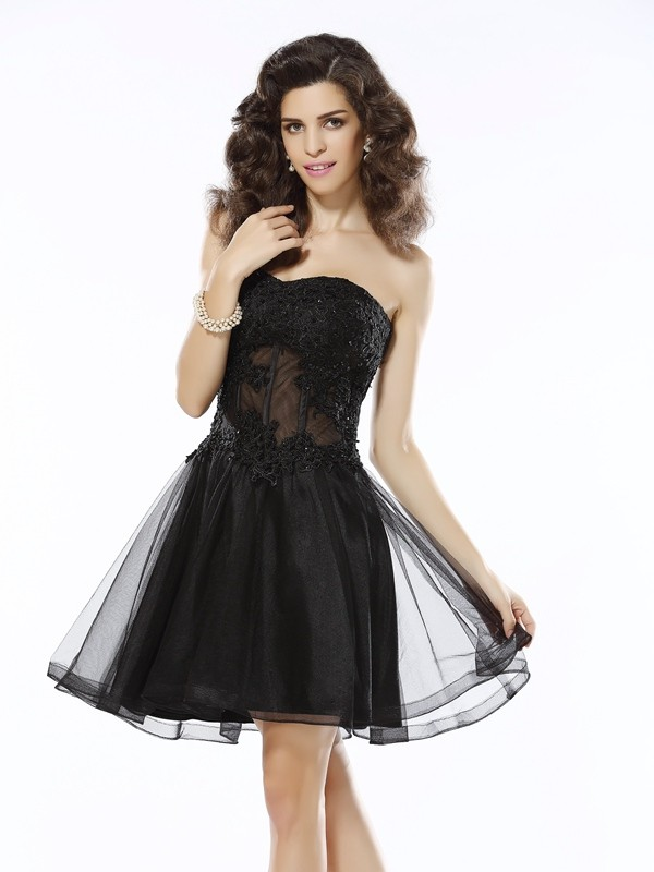 Short/Mini Black Sweetheart Homecoming Dresses with Applique