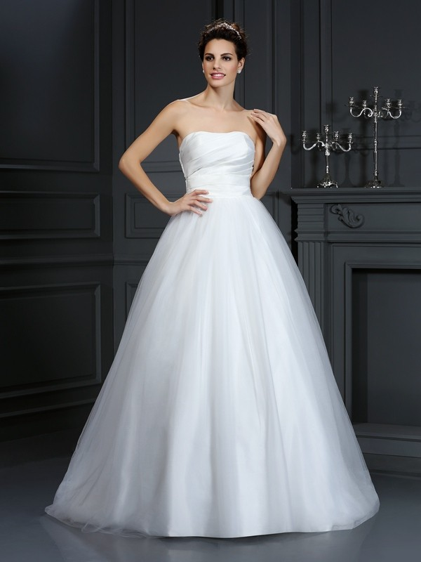Ball Gown Taffeta Strapless Court Train Ivory Wedding Dresses