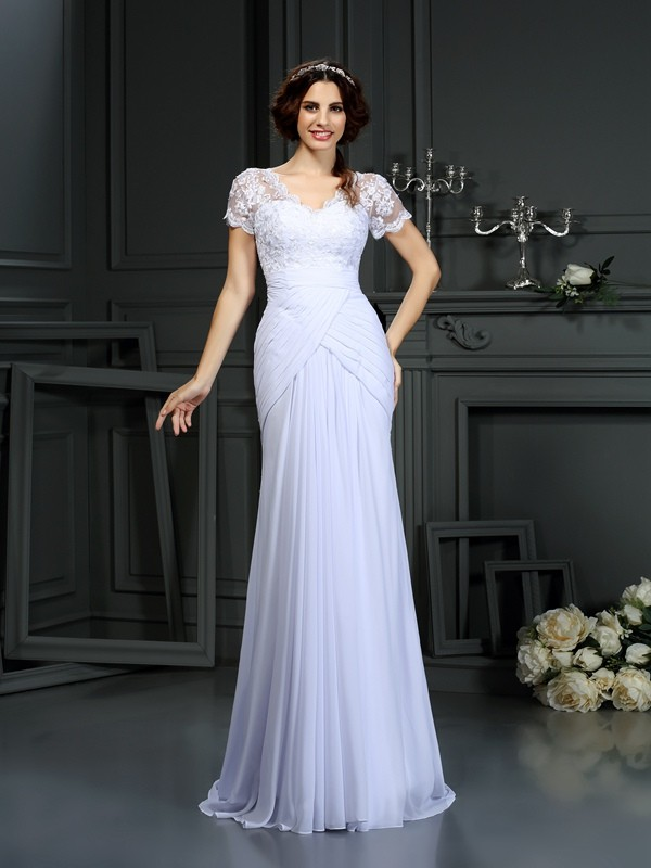 Short Sleeves V-neck Court Train White Wedding Dresses with Lace