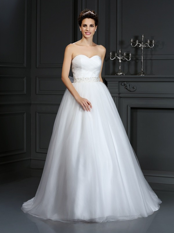 Ivory Ball Gown Sweetheart Court Train Wedding Dresses with Beading