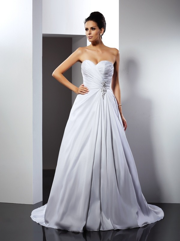 Cathedral Train White Sweetheart Wedding Dresses with Ruffles