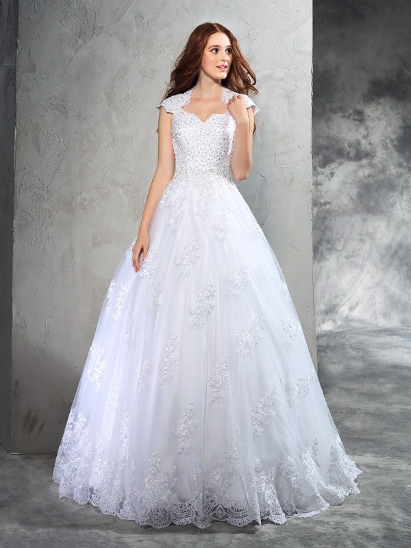 White Ball Gown Sweetheart Court Train Wedding Dresses with Lace