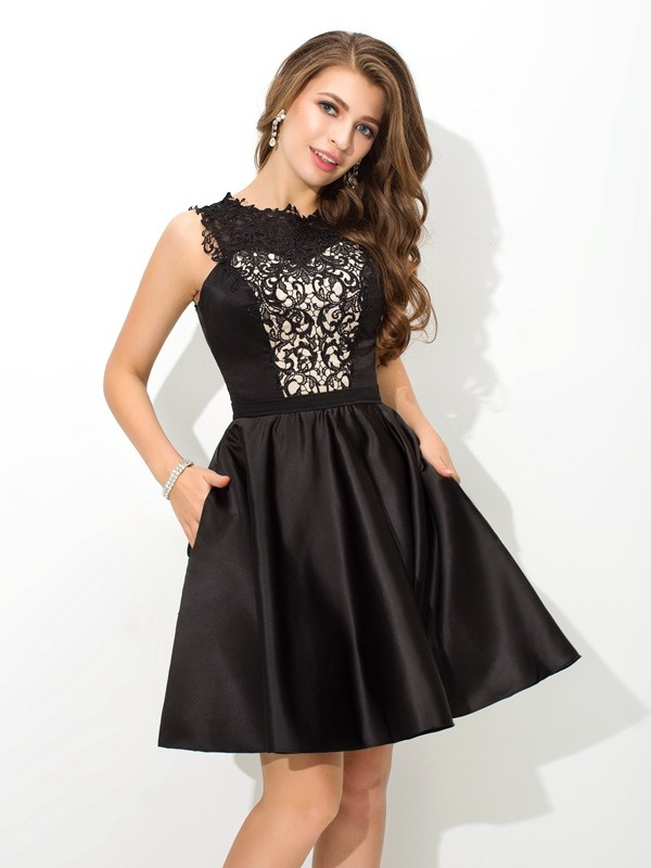 Satin Scoop Short/Mini Black Homecoming Dresses