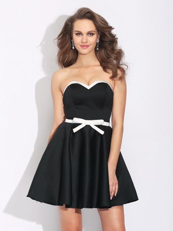 Satin Sweetheart Short/Mini Black Homecoming Dresses