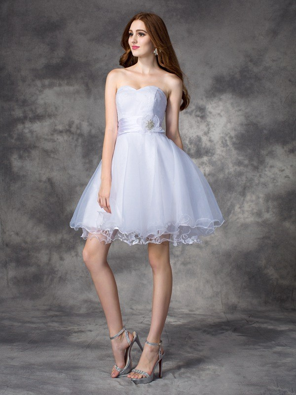 A-Line Organza Sweetheart Short/Mini White Homecoming Dresses
