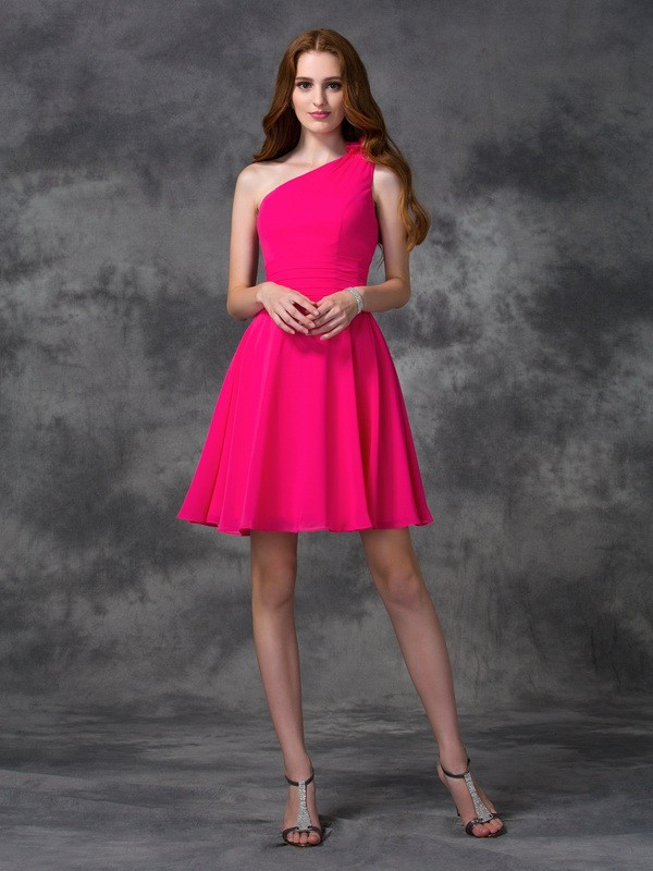 Fuchsia A-Line One-Shoulder Short/Mini Homecoming Dresses