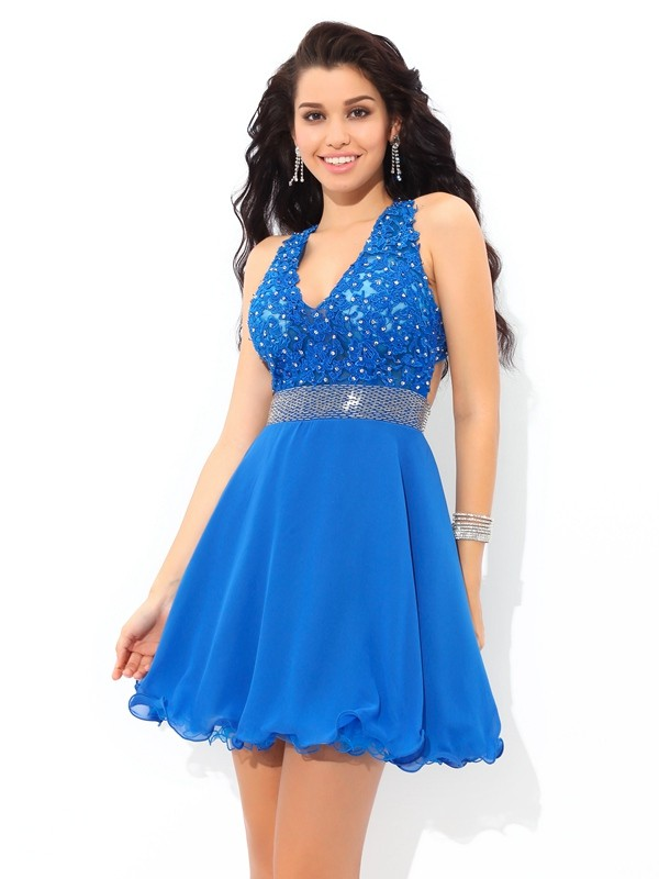 A-Line Chiffon V-neck Short/Mini Homecoming Dresses with Applique