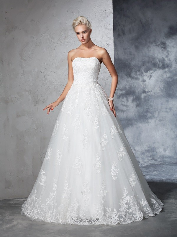 Lace Ball Gown Court Train Strapless Ivory Wedding Dresses