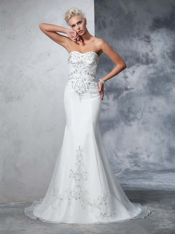 Mermaid Sweetheart Court Train Ivory Wedding Dresses with Beading