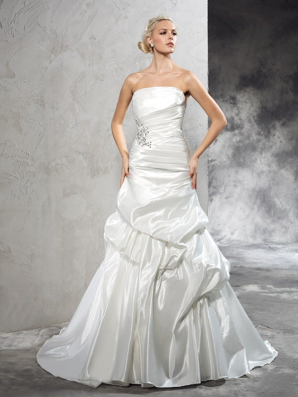 Satin Sheath Court Train Strapless Ivory Wedding Dresses