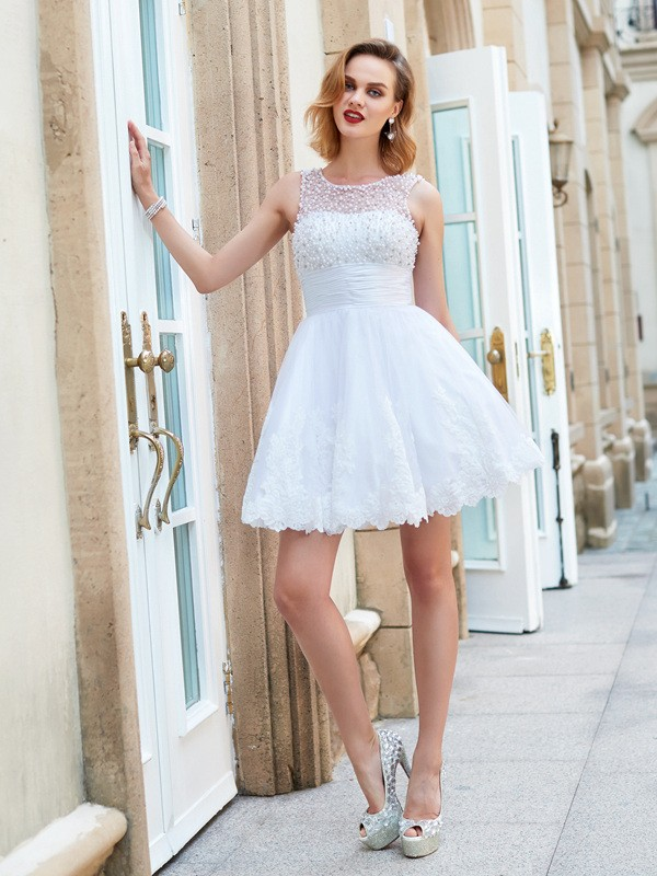 A-Line Jewel Short/Mini White Homecoming Dresses