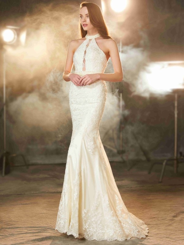 Jewel Floor-Length Ivory Prom Dresses with Applique