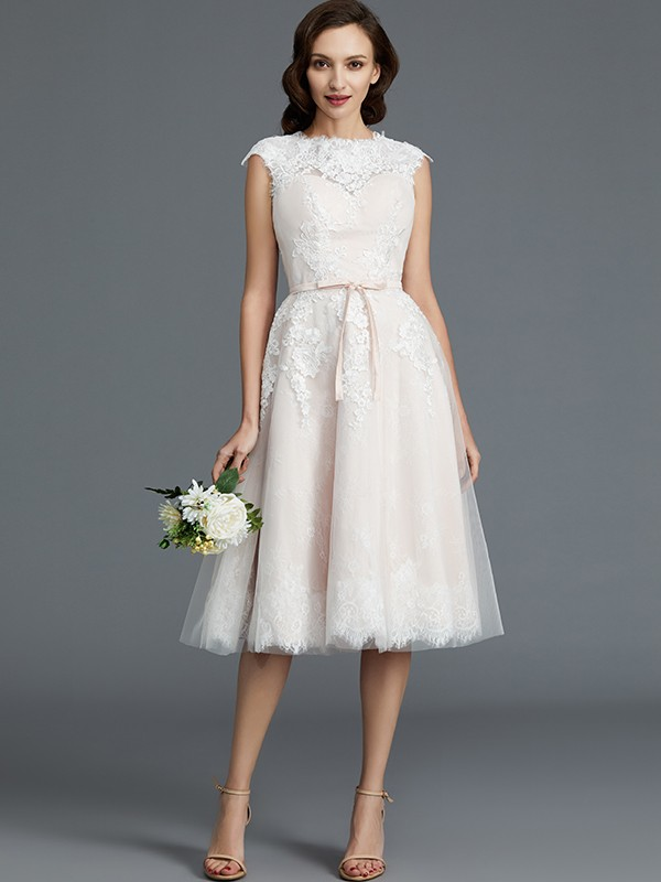 A-Line Bateau Knee-Length Ivory Wedding Dresses