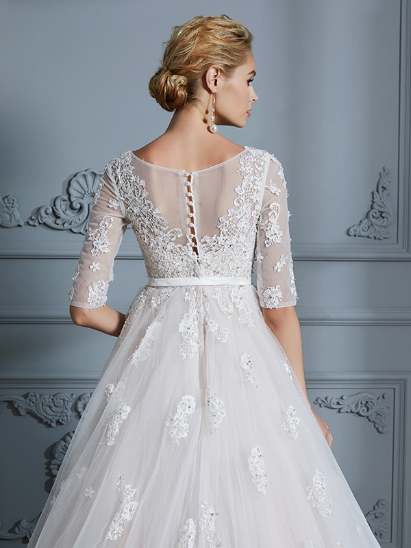 Ball Gown V-neck Court Train 1/2 Sleeves Lace Tulle Wedding Dresses