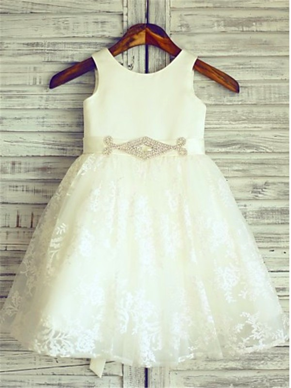 Scoop Knee-Length Ivory Flower Girl Dresses with Sash/Ribbon/Belt