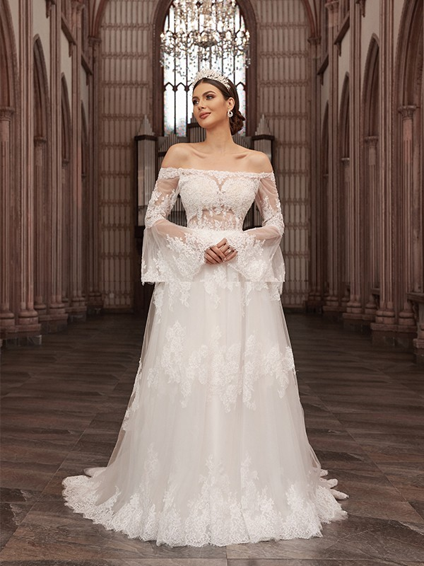 A-Line/Princess Off-the-Shoulder Tulle Long Sleeves Applique Sweep/Brush Train Wedding Dresses