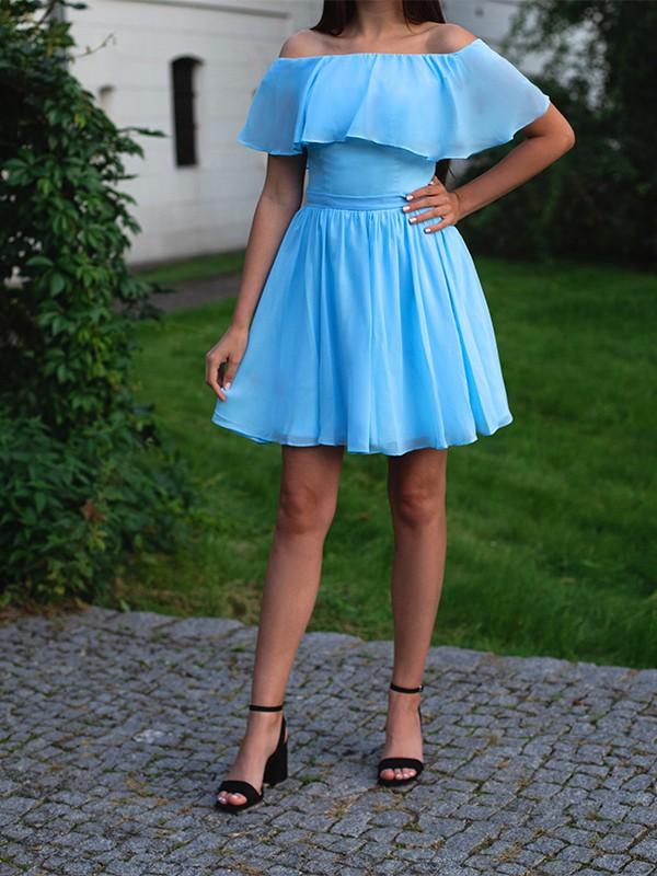 A-Line/Princess Sleeveless Chiffon Off-the-Shoulder Ruffles Short/Mini Homecoming Dresses