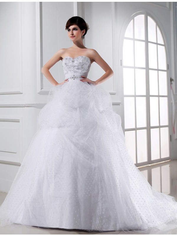 Ball Gown Satin Sweetheart Chapel Train Wedding Dresses with Beading