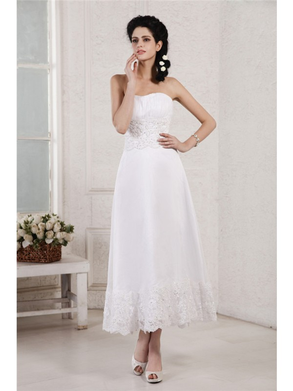 A-Line Chiffon Strapless Tea-Length Wedding Dresses with Beading